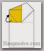 Bước 7: Gấp cạnh giấy vào trong giữa hai lớp giấy.