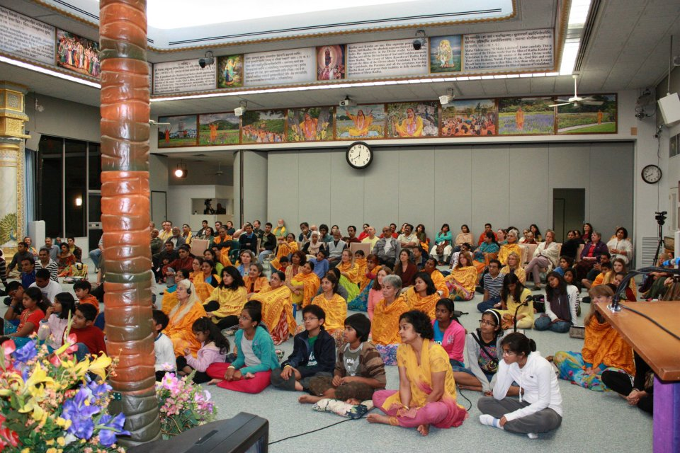 Thanksgiving retreat with Siddheshvari Devi at Radha Madhav Dham 18