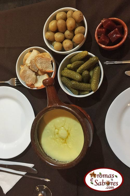 Fondue de queijo - Gramado