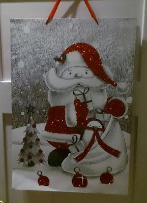 Weihnachtsdeko, rot glitzernd