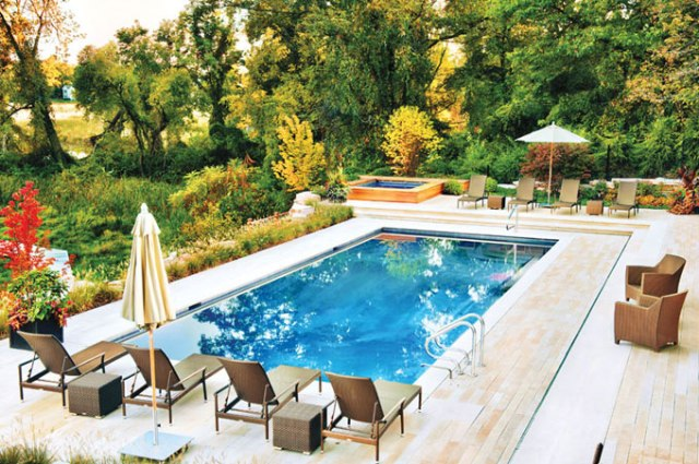 Garden Swimming Pool Design House Designs