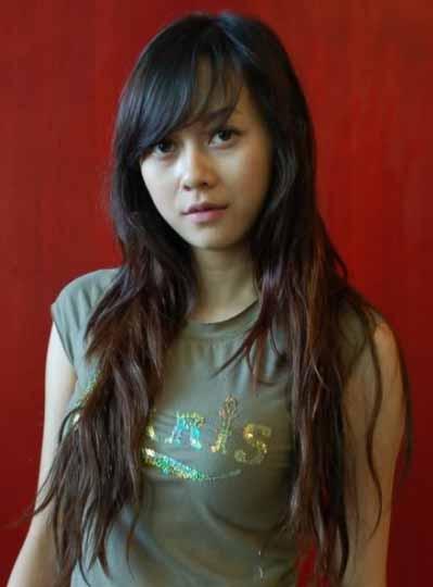 aura kasih artists from asia