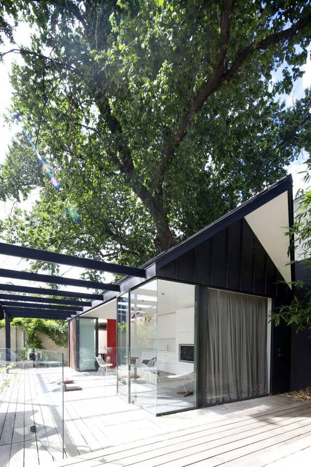 latar belakang hijau untuk rumah ini, baik di dalam dan luar