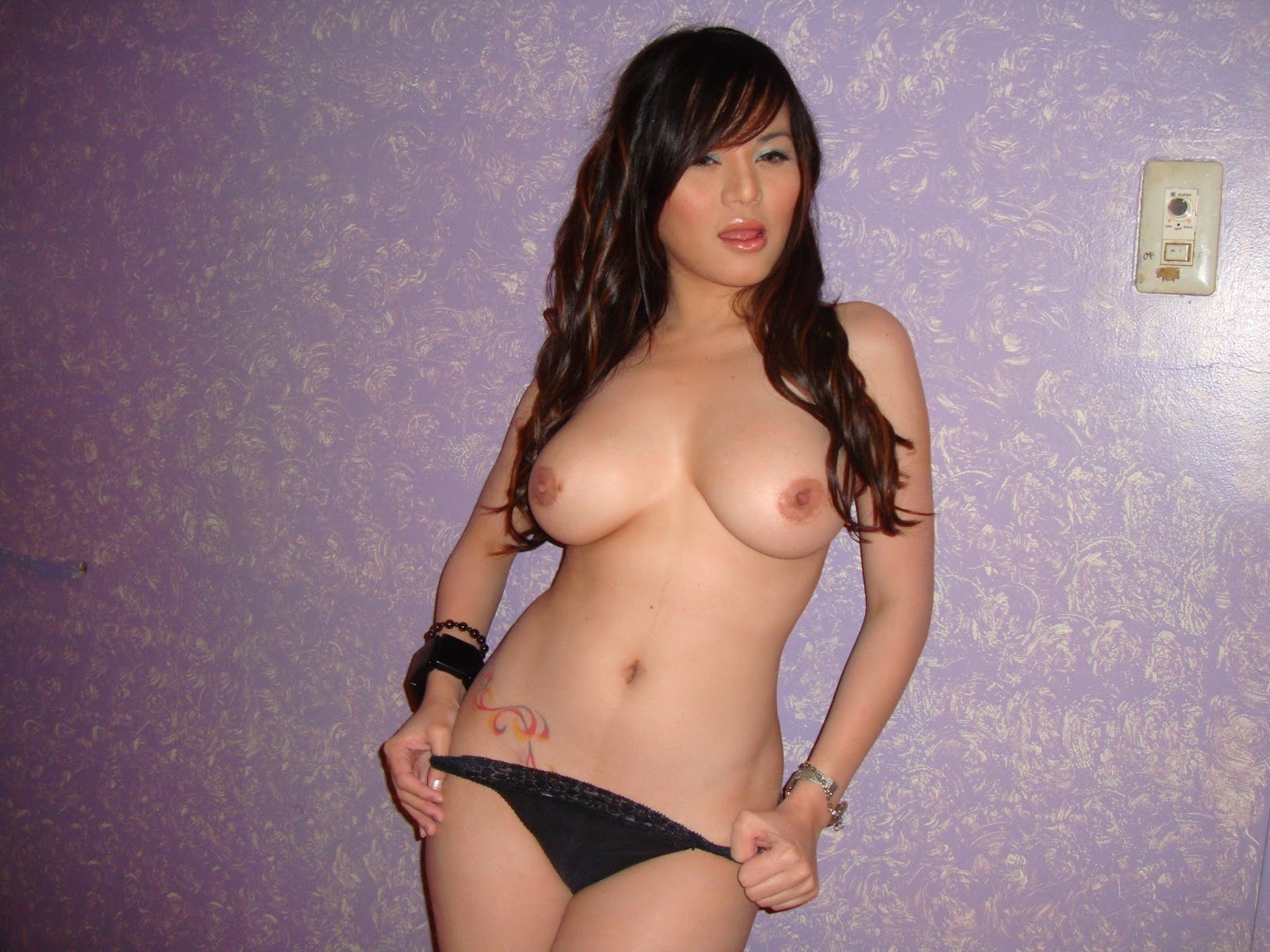 Bridgette Marquardt Nude 107