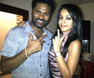 Trisha-s-Finger-In-Nayan-s-Affair