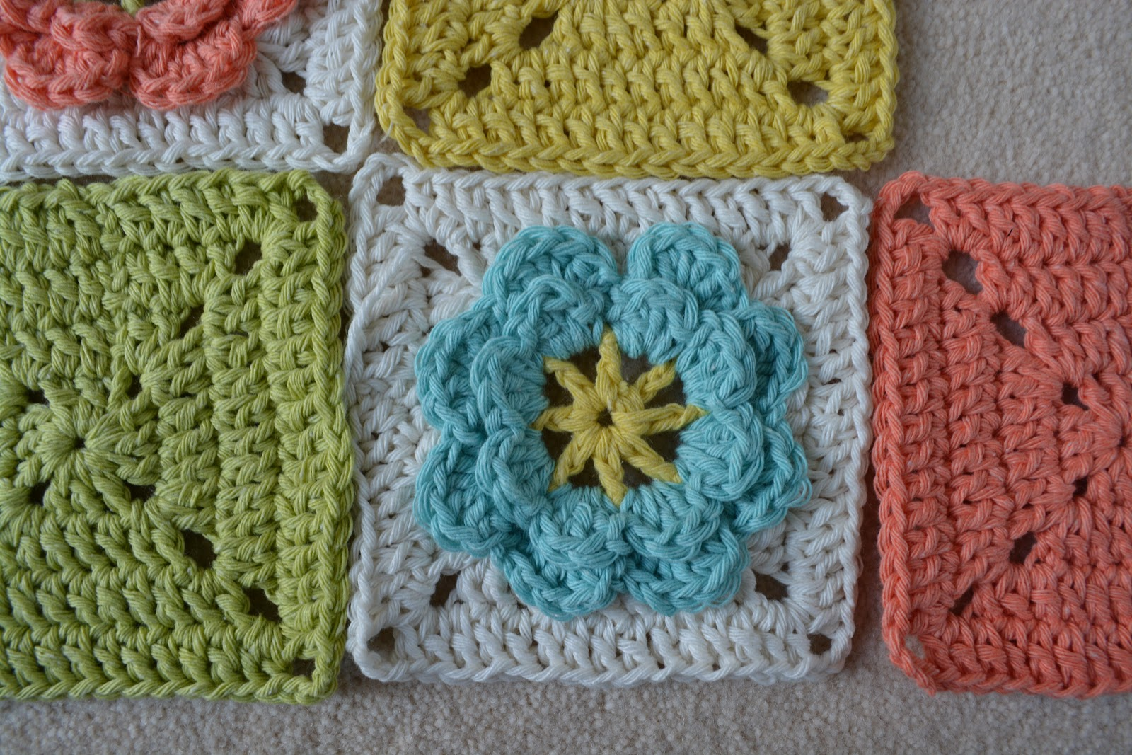 hazeybee: A different yarn - Sirdar Recycled Aran