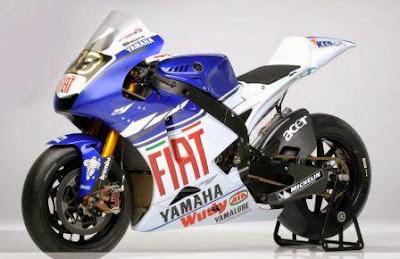 Yamaha New Vixion Atau Honda CB150R