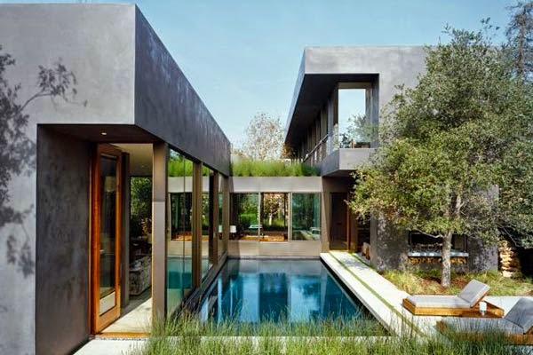 Modern Swimming Pool Outdoor