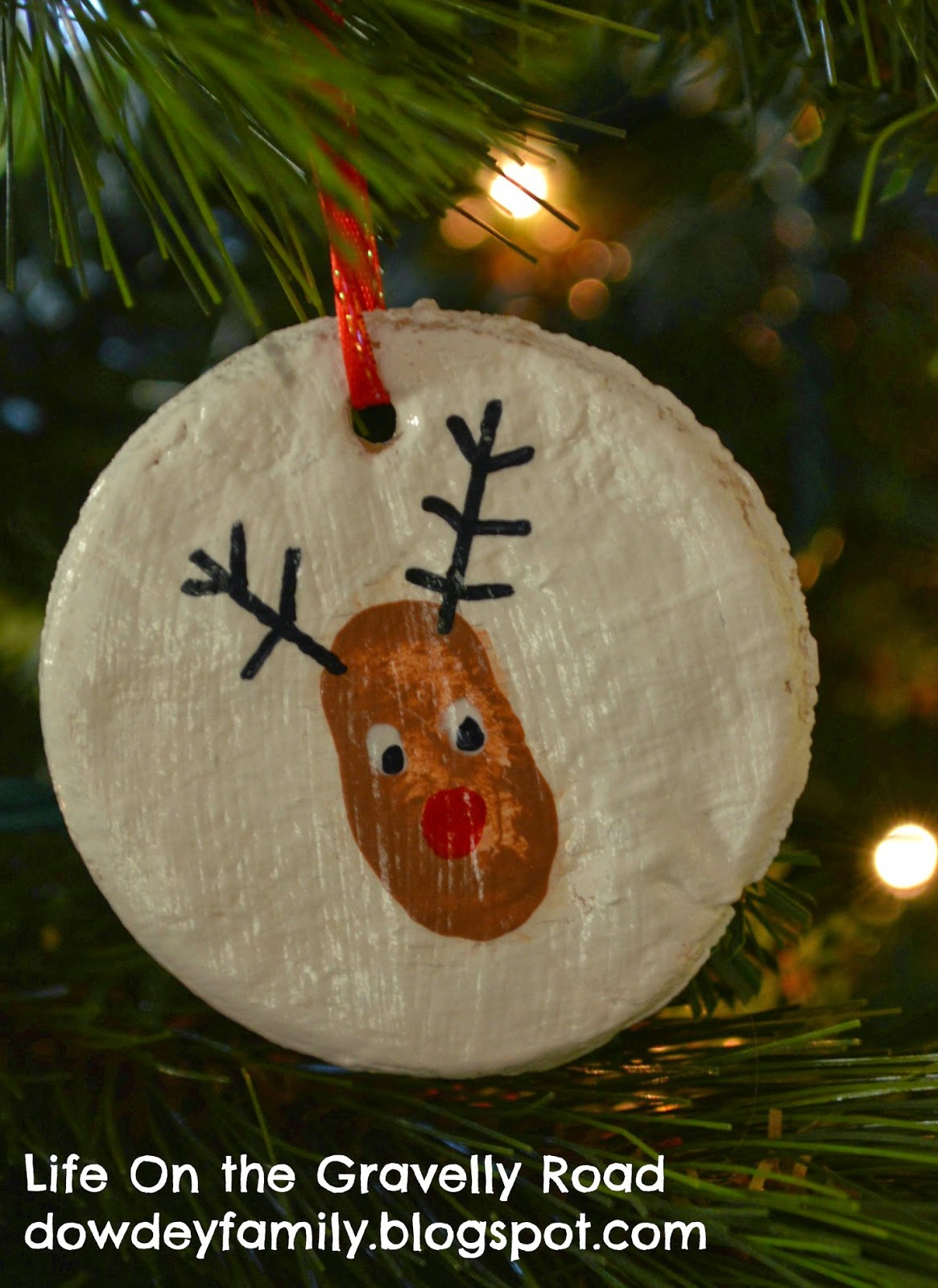 salt dough ornaments with thumbprint reindeer