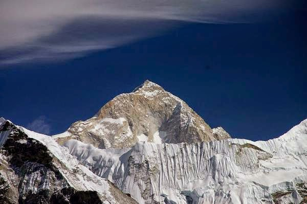 Nepal - view of Makalu