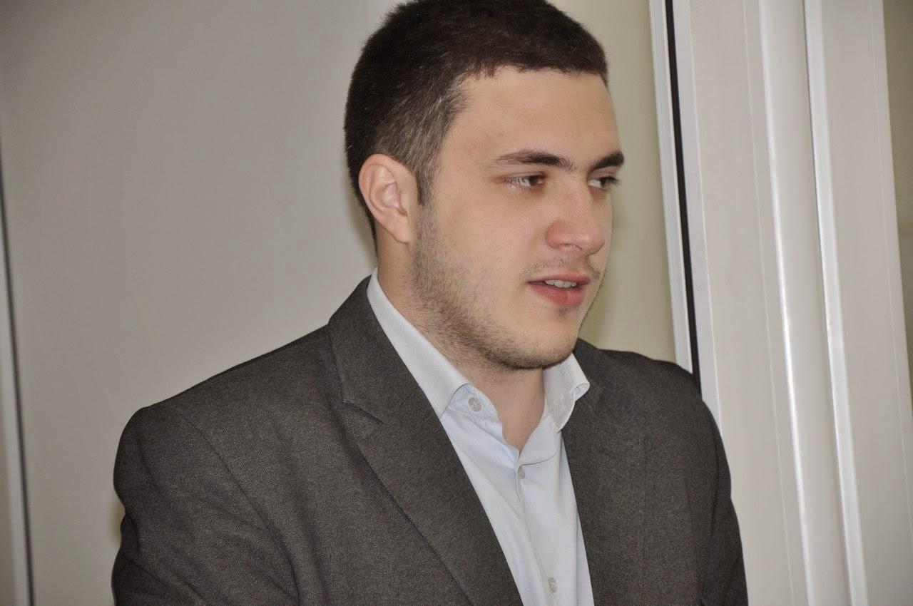 Асан Эмирсалиев: Меджлис сохранит свои позиции