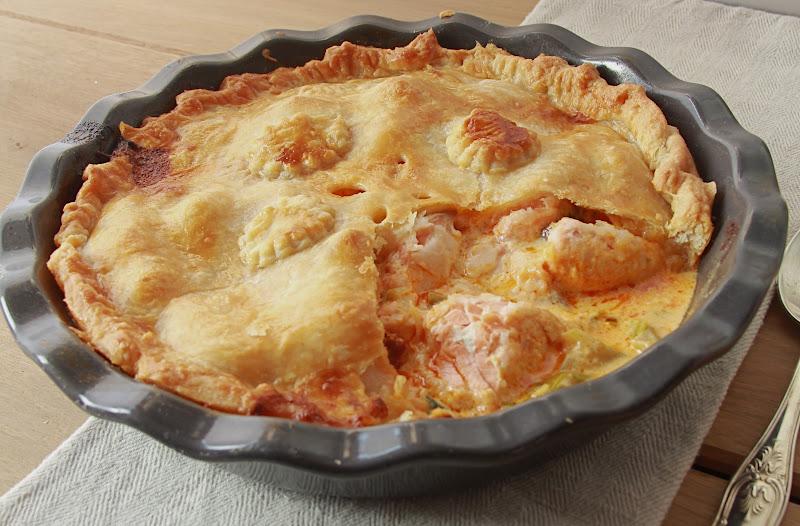 on dine chez nanou pie au saumon poireaux et chorizo