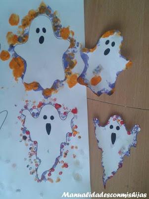 Manualidades infantiles: Fantasmas con sello lapiz y huella dedos