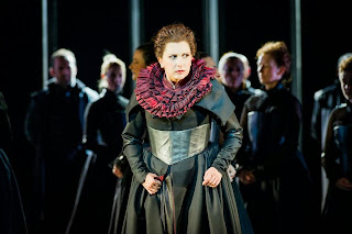 Serena Farnocchia as Anna Bolena, at Welsh National Opera, photo Robert Workman