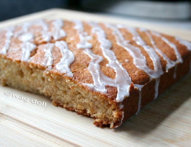 banana drizzle cake recipe