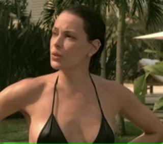 Carolina Ferraz na Sexy
