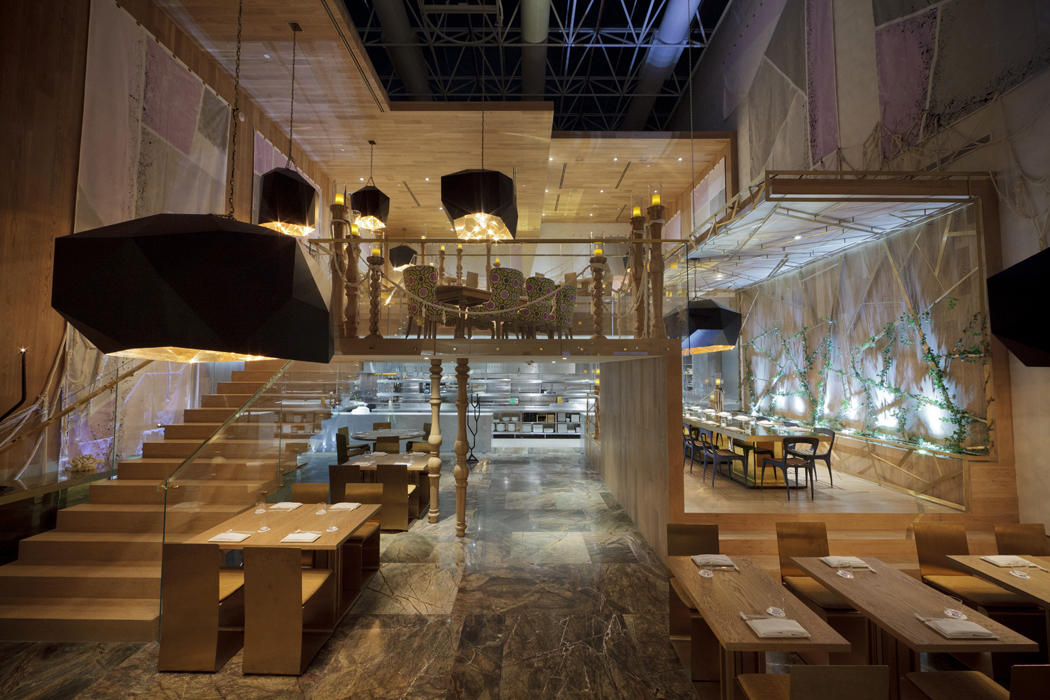 Loveisspeed morimoto mexico city by thomas schoos for Ristoranti design