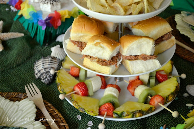 Party City Aloha To Summer Party pulled pork sandwiches