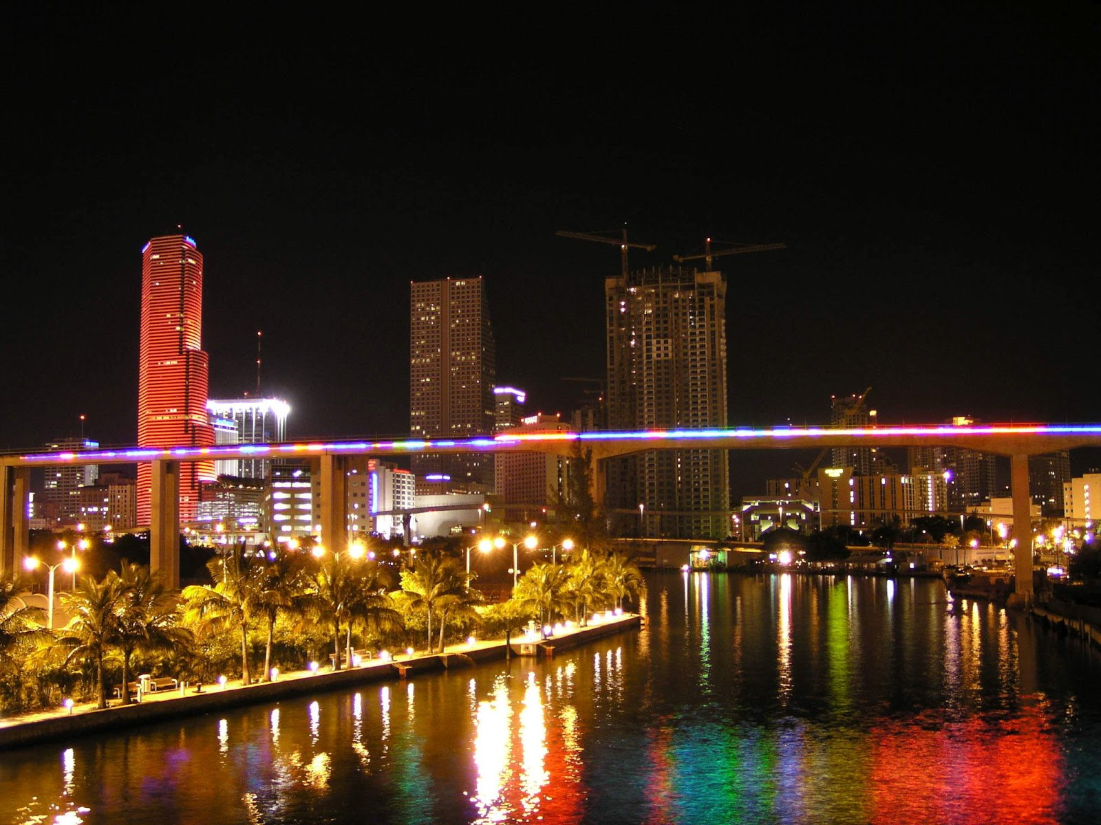 Miami attractions miami hotels for Florida cool