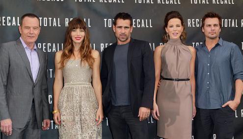 Colin Farrell, Jessica Biel & Kate Beckinsale Shine At 'Total Recall' Photo Call » Gossip | Colin Farrell | Jessica Biel | Kate Beckinsale