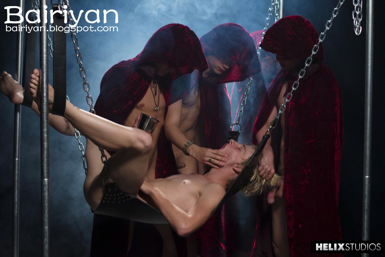 Сексуальные обряды видео Сером Медведе