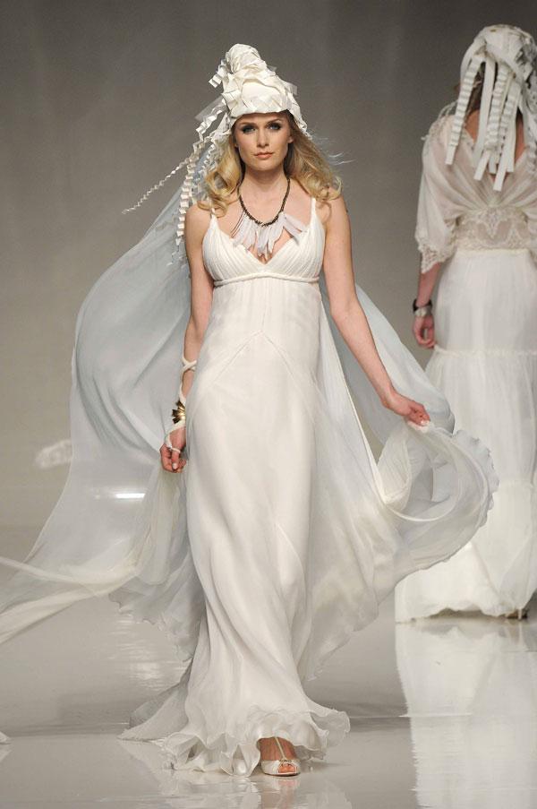 Using wedding dress shape bride s curve the hairs for Greek style wedding dress