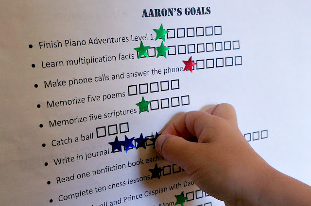 Want to make summer goals with your kids? Here are some age-appropriate suggestions!