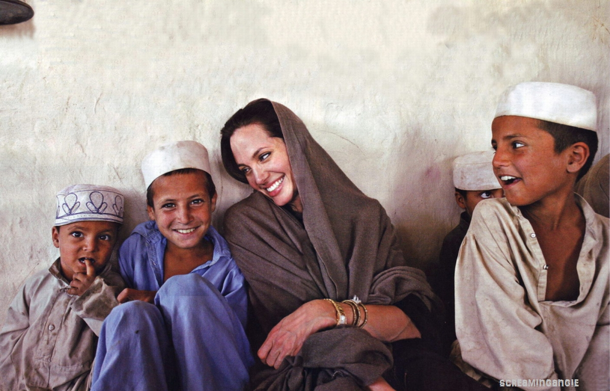 Angelina Jolie In Iran >> IRAN WATCH CANADA : Angelina Jolie to Receive Honorary Oscar for Humanitarian Work at 2013 ...
