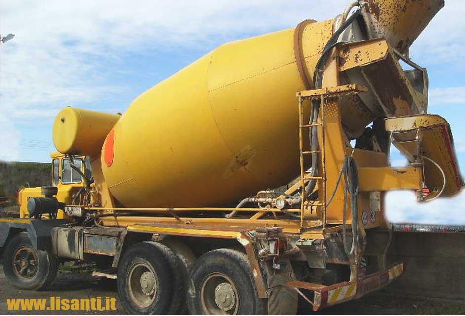 allestimento betoniere su camion Astra_bm21mixerx