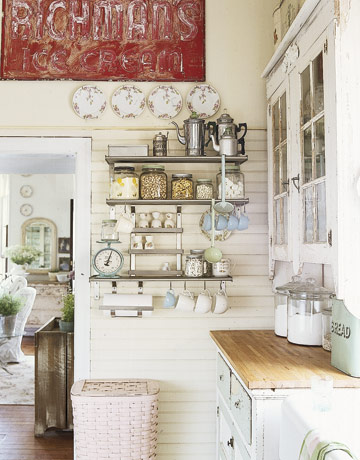 Little lovables inspired interiors shabby chic le - Decoracion country chic ...
