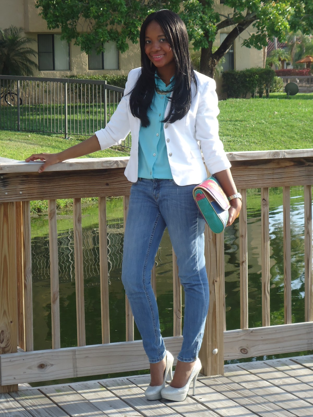SignatureChic Blue Jeans and Heels