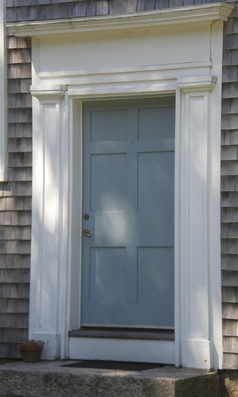 Husker dream homes front doors from new england for Cape cod front door