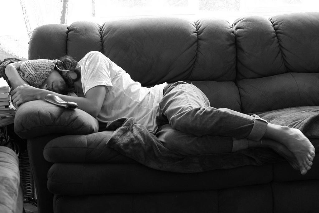 Кровать – это атрибут повседневной жизни.