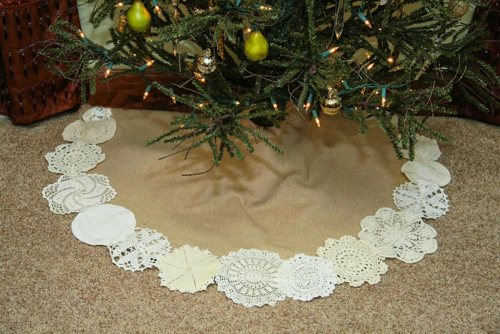 Junkinjane upcycled wool blanket to christmas tree skirt