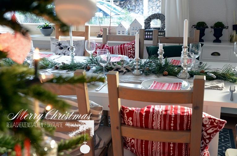 Esszimmer Weihnachten dekoriert