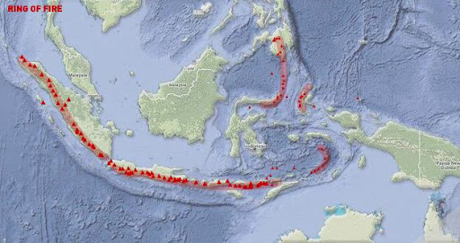 Why do earthquakes happen frequently in Bali?