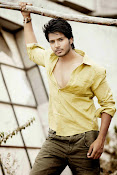 Sundeep Kishan Stylish Photo Shoot-thumbnail-7