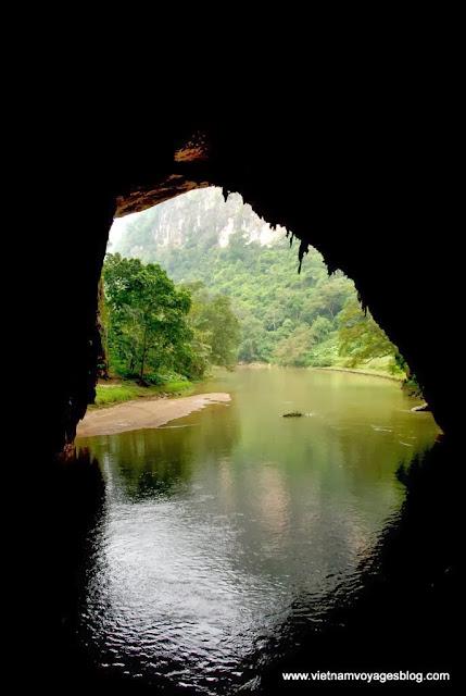 Découvrir les mystérieux de la cave Puong, Lac de Ba Be - Photo An Bui