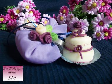 Bomboniere wedding cake in pasta di mais personalizzabili fatte a mano ideali come segnaposto