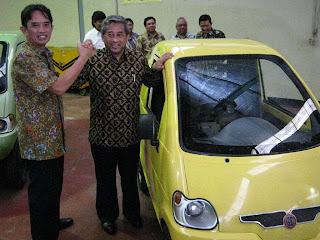 Mobil listrik dahlan iskan