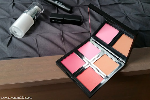 blush, light, compact, quad, makeup, cosmetics, drugstore, affordable, beauty