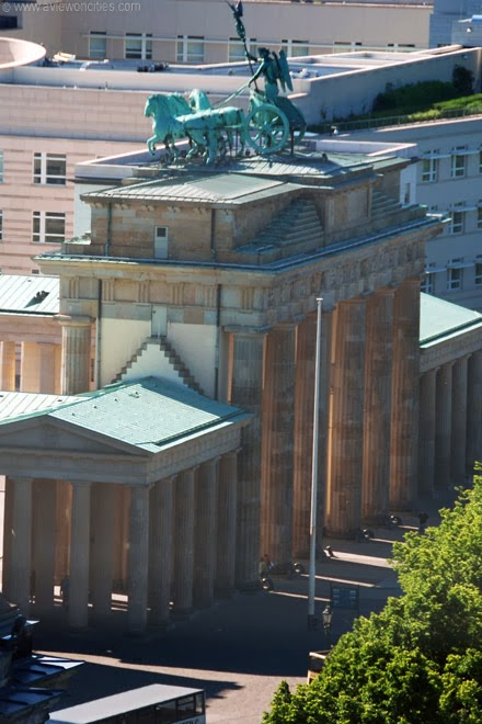 Brandenburger-Gate-seen-from-Reichstag