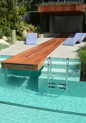 Piscina com cascata jeito de casa blog de decora o e - Pool gestaltungsideen ...
