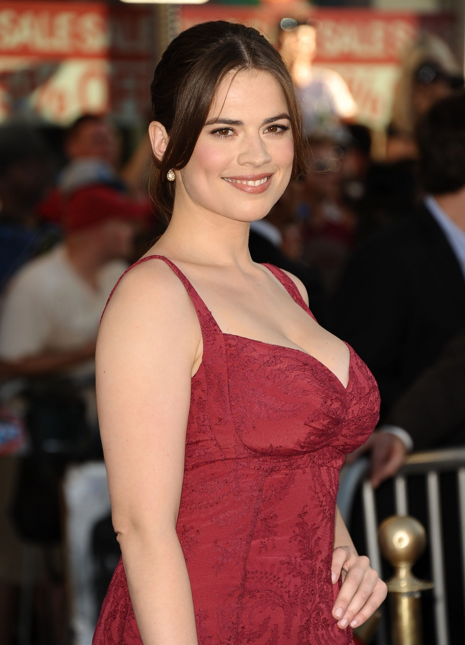 hayley atwell fansite