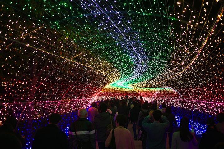 Increíble túnel de luces en Japón contiene más de 7 millones de LEDs