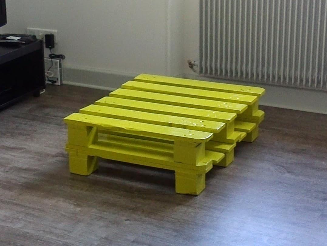 Dr le de caminette tuto pour une table basse en palette - Tuto table basse palette ...