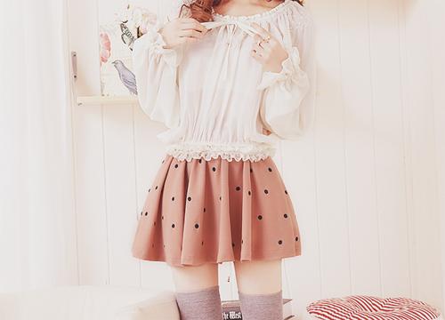 chels'latte: Outfit Ideas : Pastel Skirt