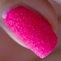 http://www.beautyill.nl/2013/06/pupa-nail-art-mania-crazy-crystals-fluo.html