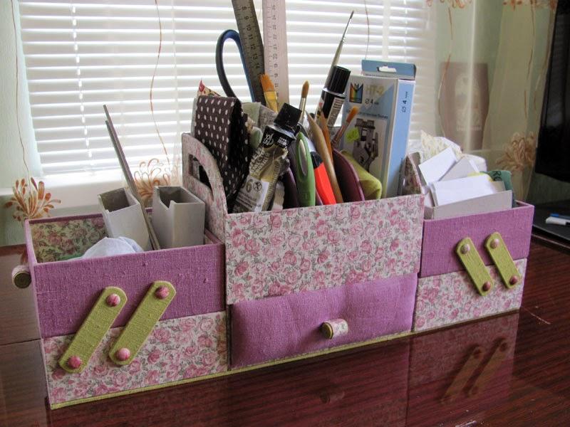 Крепкий, удобный и функциональный картонаж для рукодельницы
