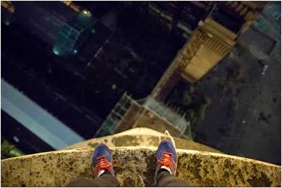 http://www.bradleygarrett.com/wp-content/gallery/stills/battersea-chimney-climb-brad-10.jpg